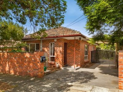 42 Hutchinson Street Bentleigh - 1