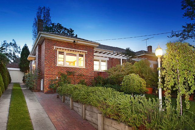 68 Essex Road Surrey Hills - 1