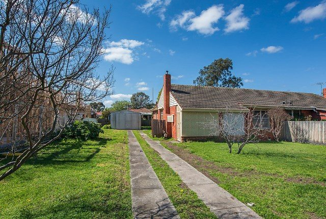 8 Blackwood Parade Heidelberg West - 1