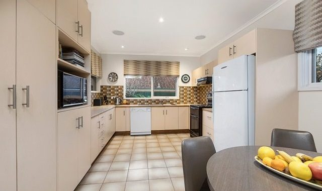 33 Oakern Street Mount Waverley - 3
